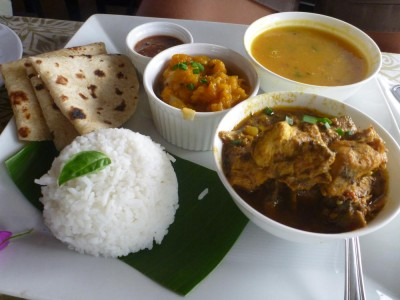 Curry lunch at Palmlea Farm Lodge