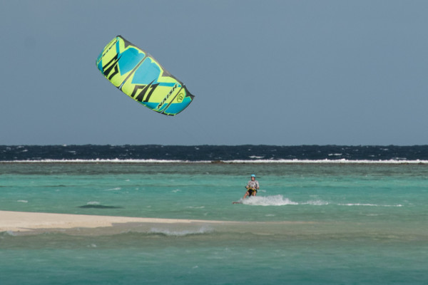 Monty kiting at Mounu